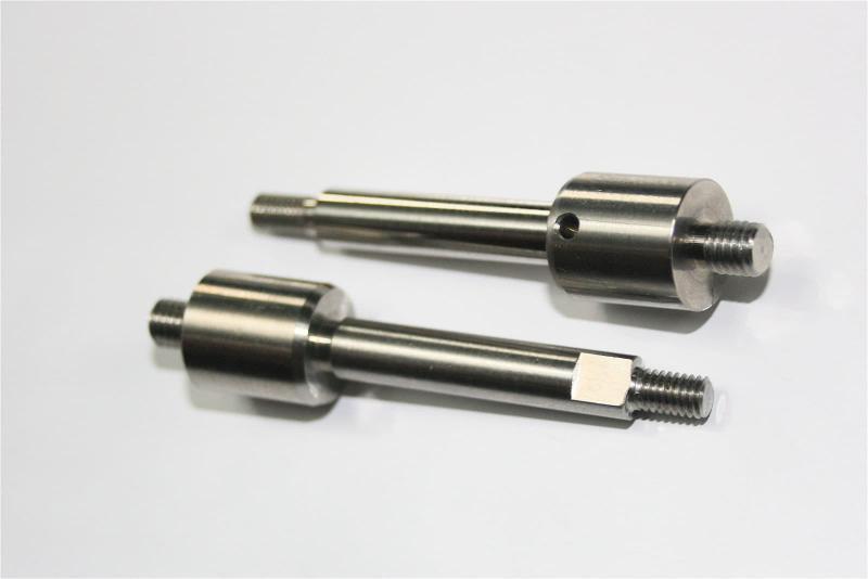 TAMIDEC - Fabrication de broches en inox pour l'industrie aéronautique