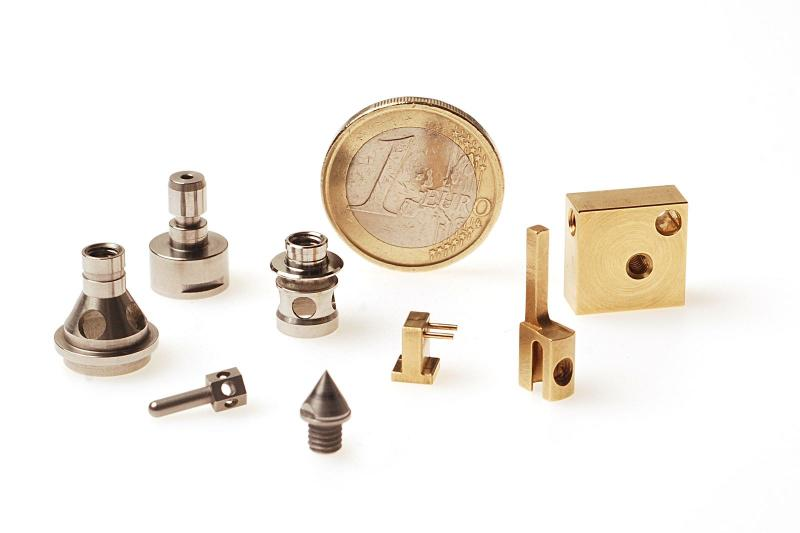 DE CRIGNIS INDUSTRY - Fabricant de pièces techniques pour la connectique